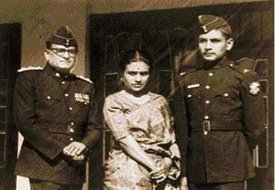 Capt. Kamal Bakshi with his parents before the 1971 Indo-Pak war,
